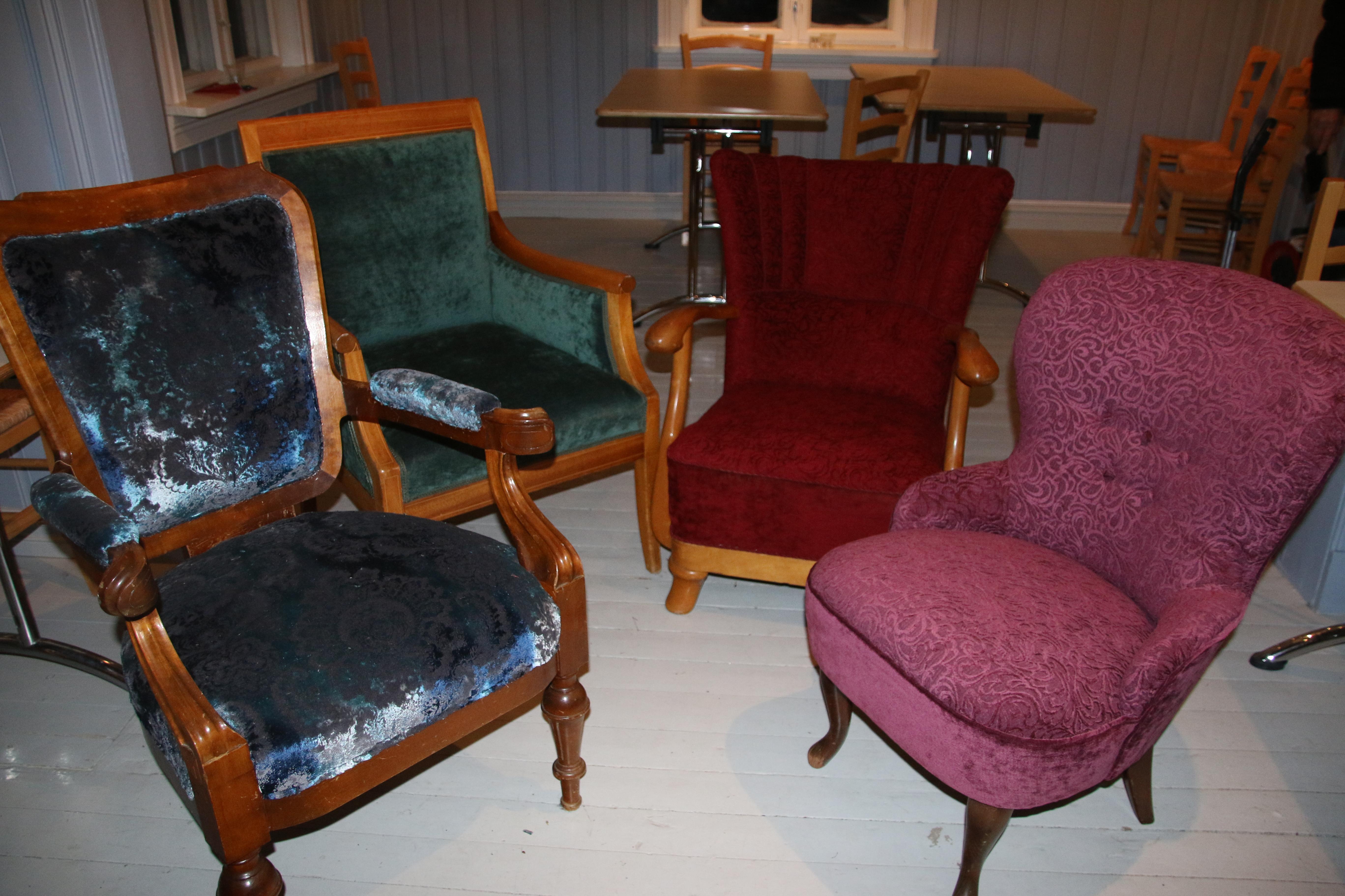 Fire fiks ferdige stoler